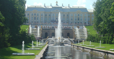 The canal leading to Peterhof.