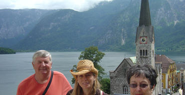 Sam and the 'rents in Hallstat.